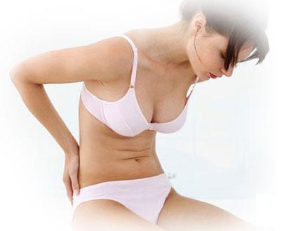 Заболевание сопровождается болевыми симптомами в спине