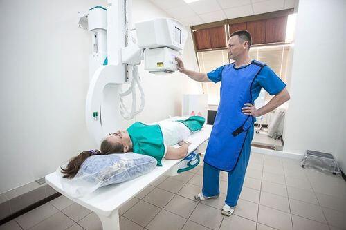 Проведение рентгеновского исследования