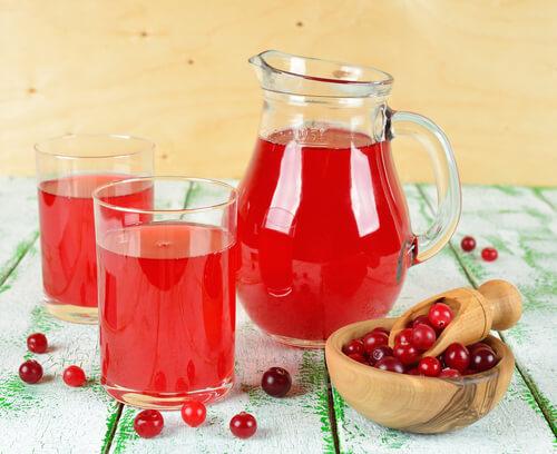 Напитки из фруктов и ягод