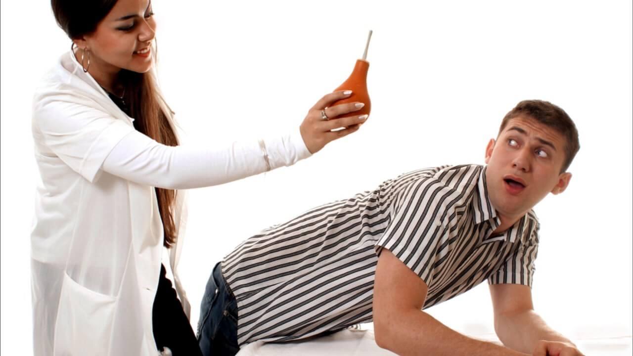 Перед исследованием необходимо очистить желудок