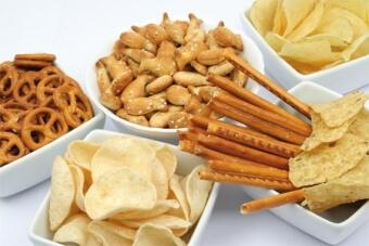 Соленая пища способствует отложению конкрементов