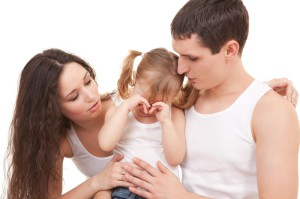 Ребенок часто плачет из-за отхода камней