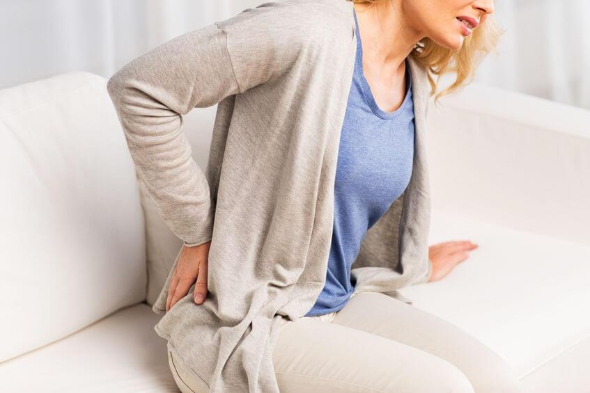 Многие заболевания почек сопровождаются ноющей болью